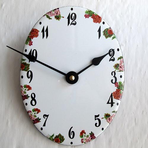 Smaltované hodiny 345