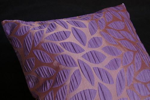 Fialovo měděný polštář s náplní