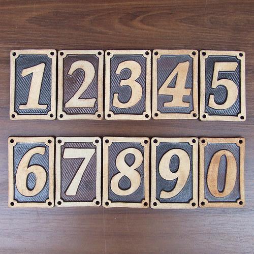 Kachlík č.59 - Číslo 0,1,2,3,4,5,6,7,8,9