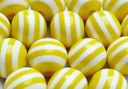 Plastové korálky pruhované 8 mm - žlutá / 5 ks