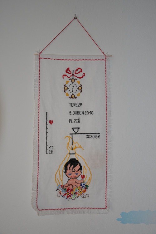 Vyšívaná vlajka miminka (se jmémem a mírami)