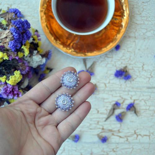 Lilac baldachins - vyšívané puzety