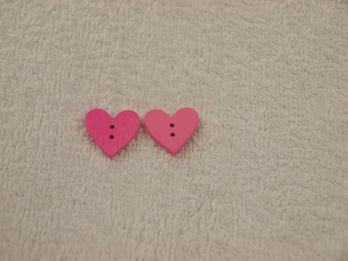 Knoflík srdíčko růžové 2ks