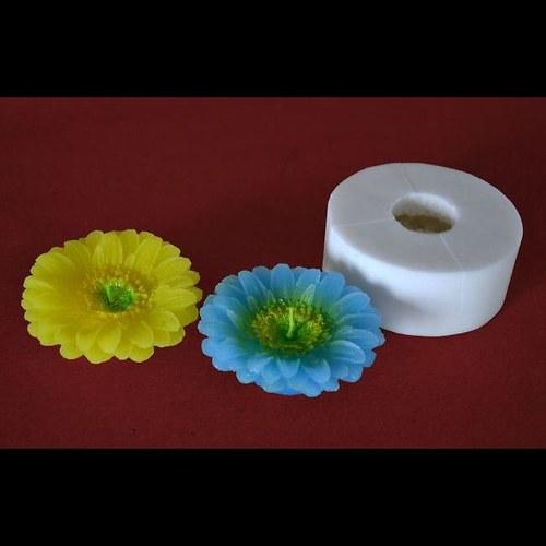 Forma na svíčky Květ kopretina malá průměr 7,5cm