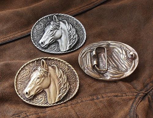 Buckles - Kůň