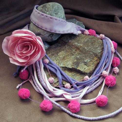 Růže růžová - náhrdelník