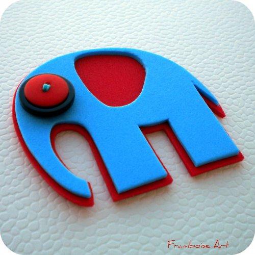 Modro červený slon