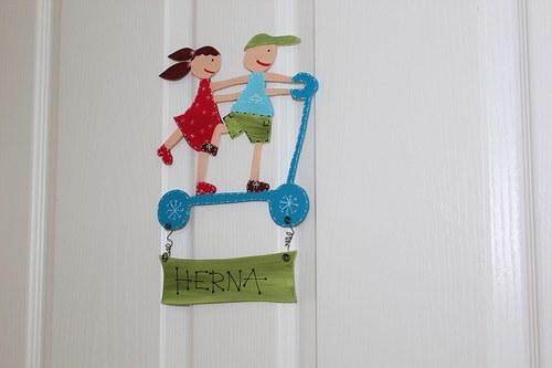 Dřevěná cedulka na dveře HERNA