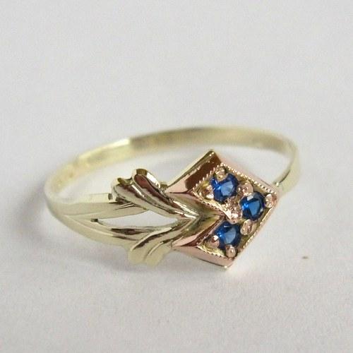 Trojka (zlatý prsten)