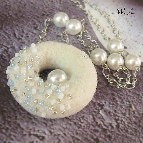 Winter time, náhrdelník