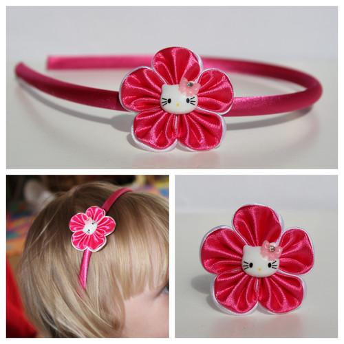 Čelenka plastová - květ s Hello Kitty