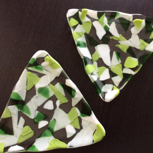 Dvě misky - trojúhelníky