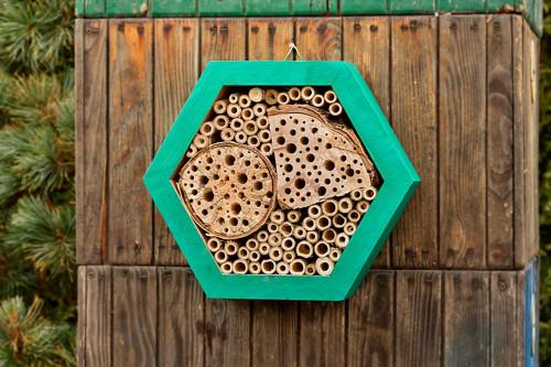 Hmyzí chaloupka – HEXA 32 cm
