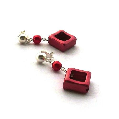 Červené pokovené čtverce - klipsy