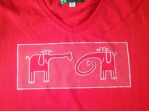 Červené tričko sloni