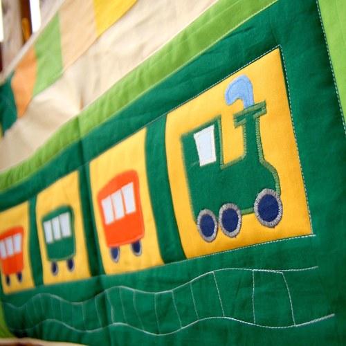 Velký kapsář s vláčkem, zelenožlutý...