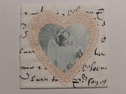 Ubrousek na decoupage - anděl v srdíčku