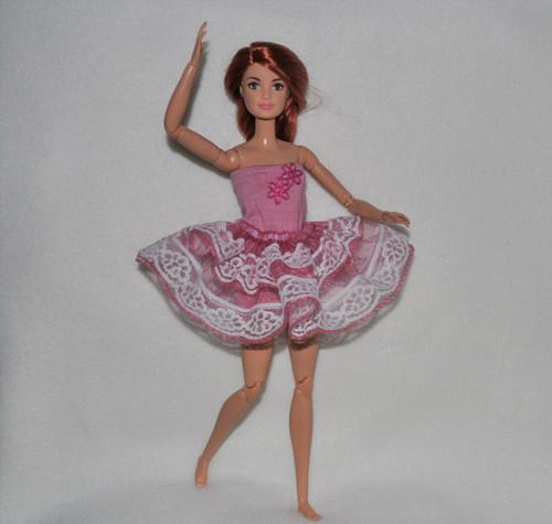 Barbie baletka růžová 17