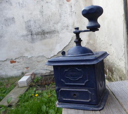 Leinbrock...kovový mlýnek na kávu