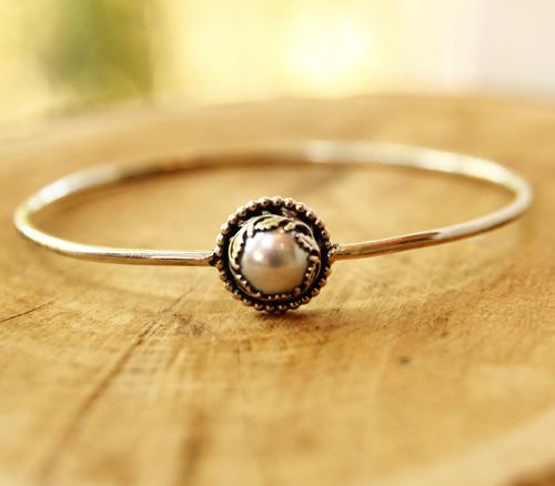 Náramek Perla v dubu  - stříbro, přírodní perla