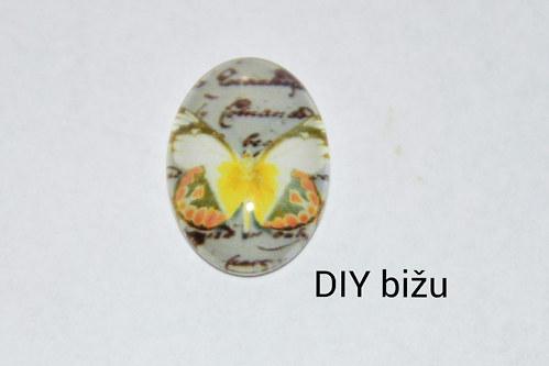 Skleněný kabošon 13x18 mm  1 kus