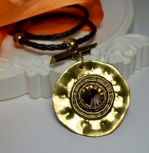 Moderní náhrdelník Blollos