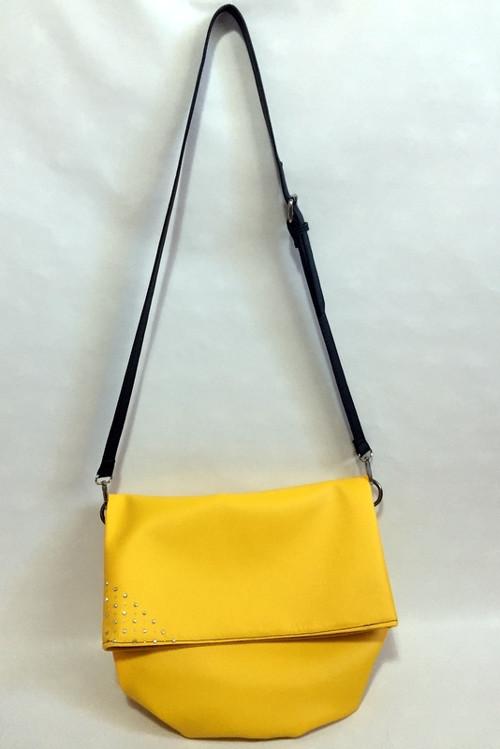 Žlutá crossbody kabelka