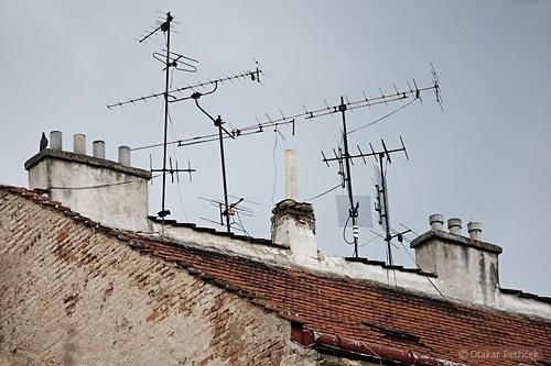 Na střeše XV