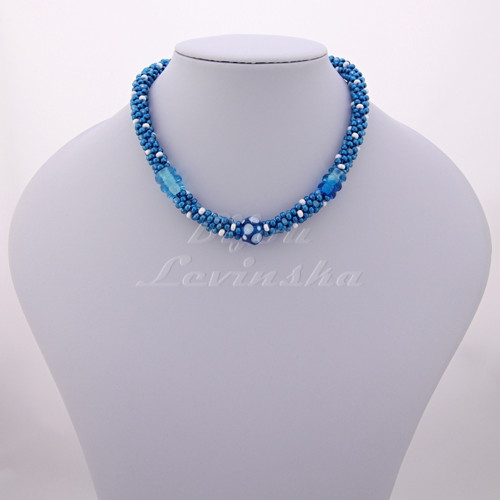 Náhrdelník - vázaný KUMIHIMO + vinuté perle