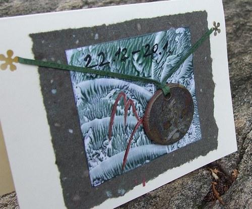 Přáníčko s keramickým přívěškem - znamení Kozoroh