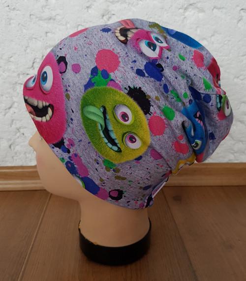 Oboustranná  čepice obvod 52cm