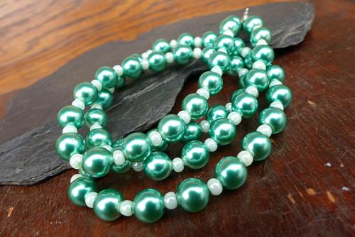 Dny zelená...skleněný náhrdelník, Jablonecko