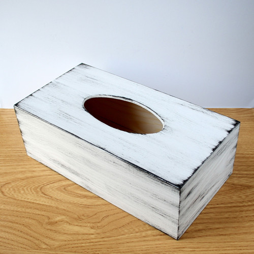 Krabička na kapesníčky bílá s patinou