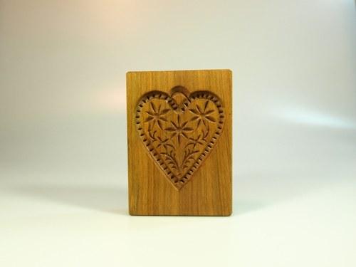 forma dřevěná-srdíčko