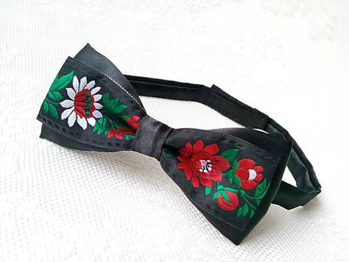 Slovak folklore bow tie (black)