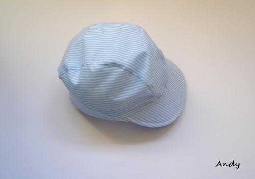 kšiltovka - světle modrý proužek