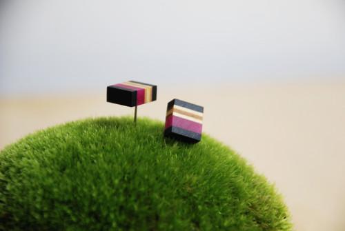 Black Frame / náušnice XS / v růžové