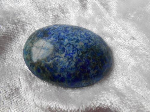 kabošon - Lápis lazuli ( 40 x 30 x 8mm)
