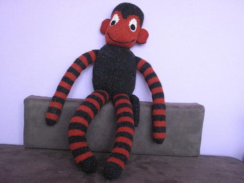 Opičák černorezavý
