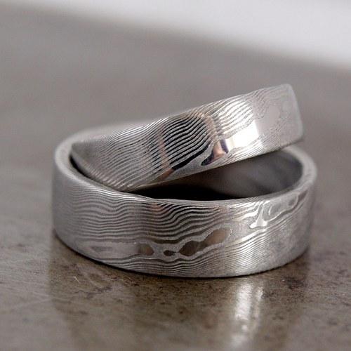 Prsteny snubní z damasteelu - proužkované