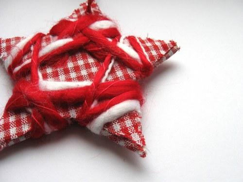 Hvězda červená (10cm)