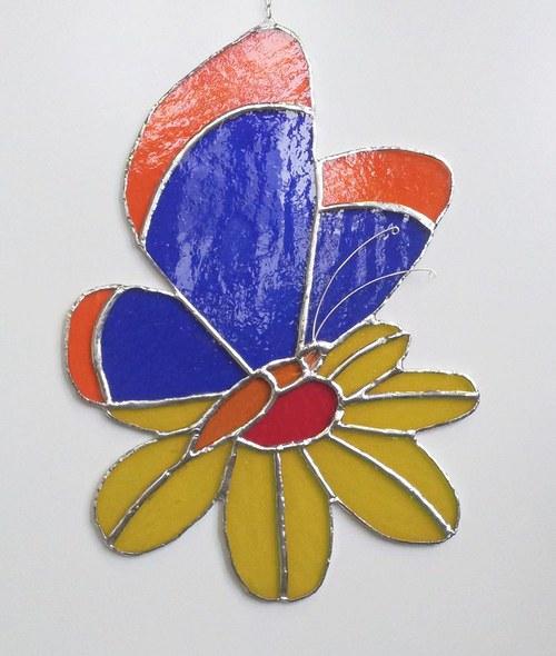 Závěsná vitráž Motýl 19x27cm