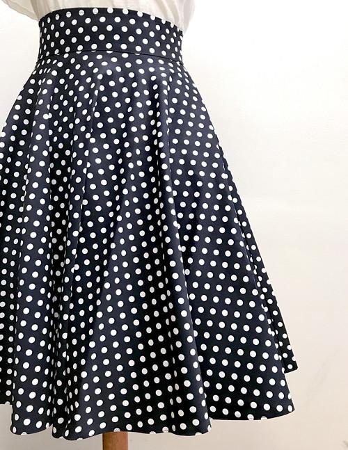 Kolová retro sukně s kapsama