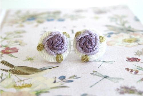 Vyšívané naušnice fialové lila