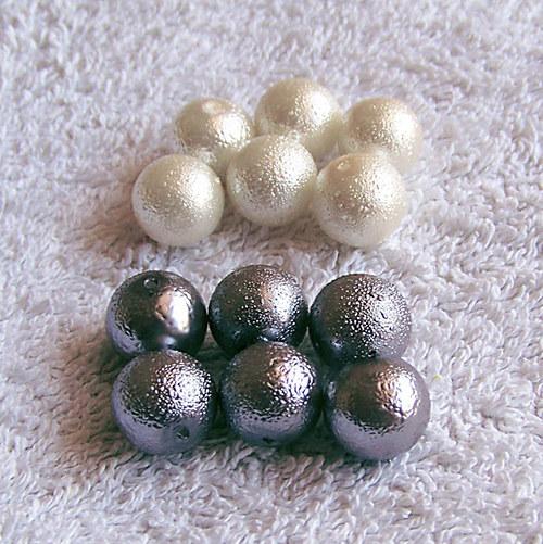 vroubkované voskové perly/ platina/ 12mm/ 5ks
