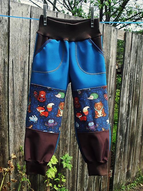 Soft.kalhoty,petrolej+zvířátka+tm.hnědá