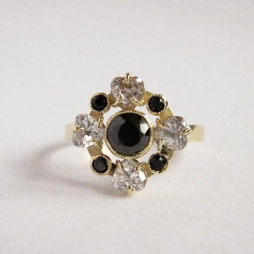 Královna noci (zlatý prsten)