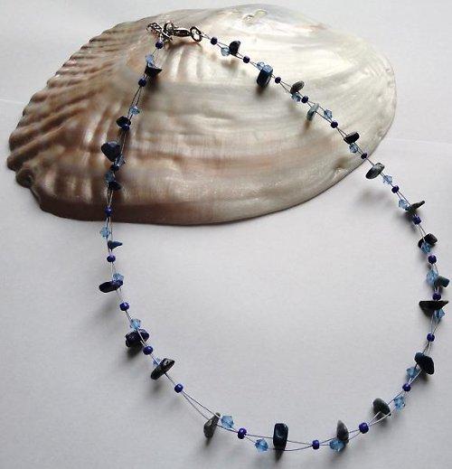 Elegantní náhrdelník z minerálu lapis lazuli