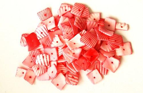Mušle - růžové čtverečky 35g