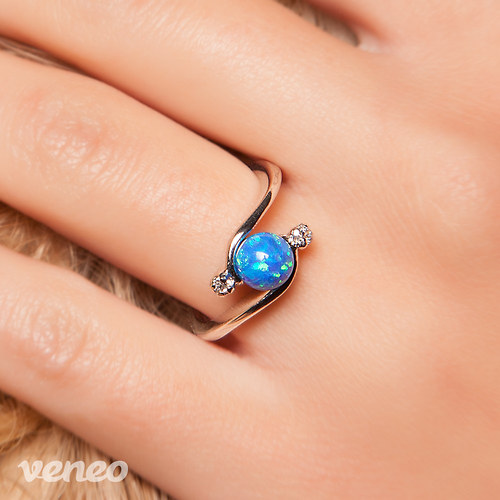 Nefelé - prsten s thajským opálem a čirými zirkony